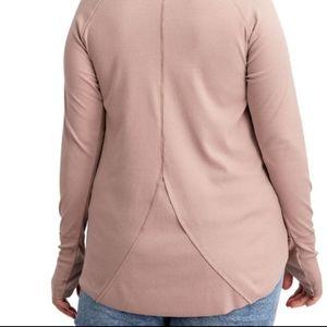 NWT Easel long sleeve ribbed thumb hole tunic